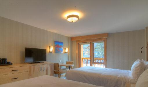 Canada - Canadian Rockies - Moose Hotel & Suites - Superior Hotel Room