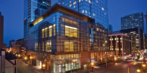 Canada - Niagara Falls - Four Seasons Hotel Toronto - Outside