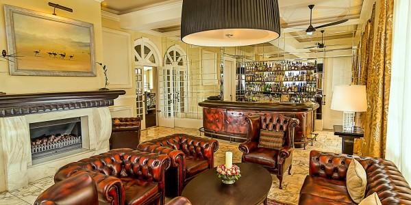 Kenya - Nairobi - Hemingways Nairobi - Bar