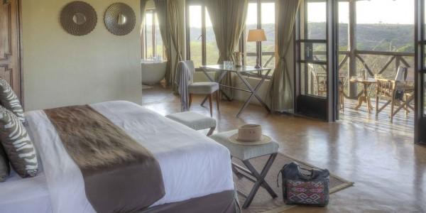 Kenya - Nairobi - The Emakoko - Bedroom