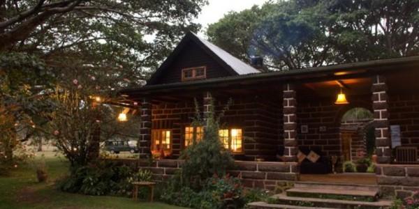 Kenya - Rift Valley - Loldia House - Outside