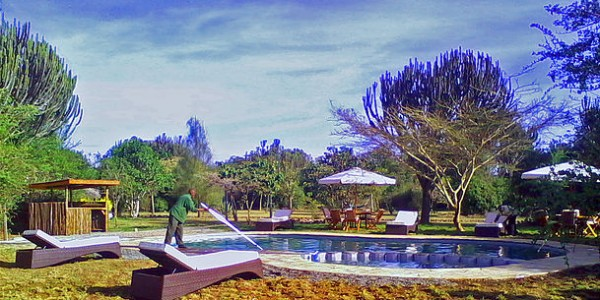 Kenya - Rift Valley - Mbweha Camp - Pool