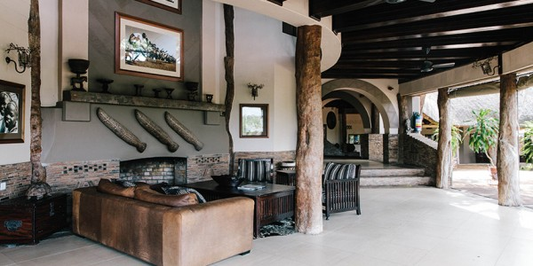 Zimbabwe - Gonarezhou National Park - Chilo Gorge Safari Lodge - Lounge