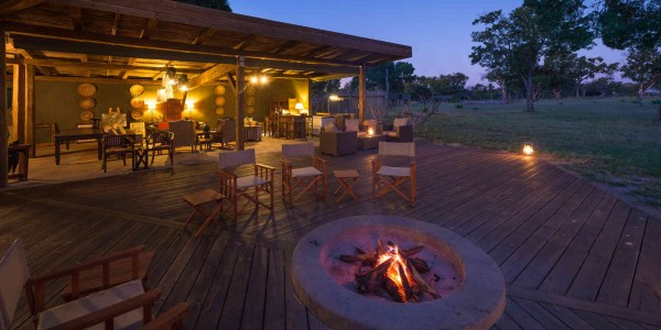 Zimbabwe - Hwange National Park - Davison's Camp - Campfire