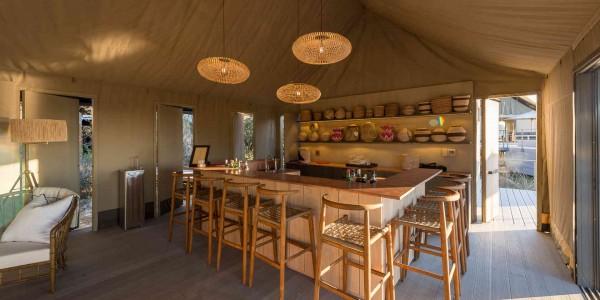 Zimbabwe - Hwange National Park - Linkwasha Camp - Bar