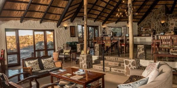 Zimbabwe - Matobo Hills National Park - Big Cave Camp - Lounge