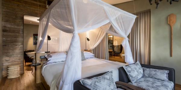 Zimbabwe - Matusadona National Park & Lake Kariba - Bumi Hills Safari Lodge - Room