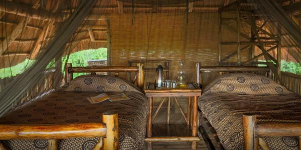 Zimbabwe - Matusadona National Park & Lake Kariba - Rhino Safari Camp - Room