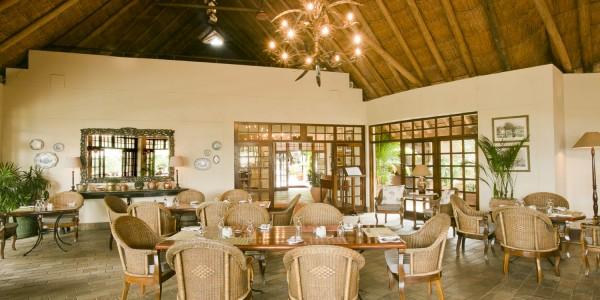 Zimbabwe - Victoria Falls - Ilala Lodge Hotel - Dining