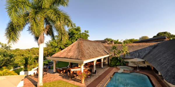 Zimbabwe - Victoria Falls - Ilala Lodge Hotel - Pool
