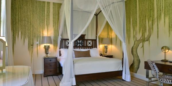 Zimbabwe - Victoria Falls - Victoria Falls Hotel - Executive Suite